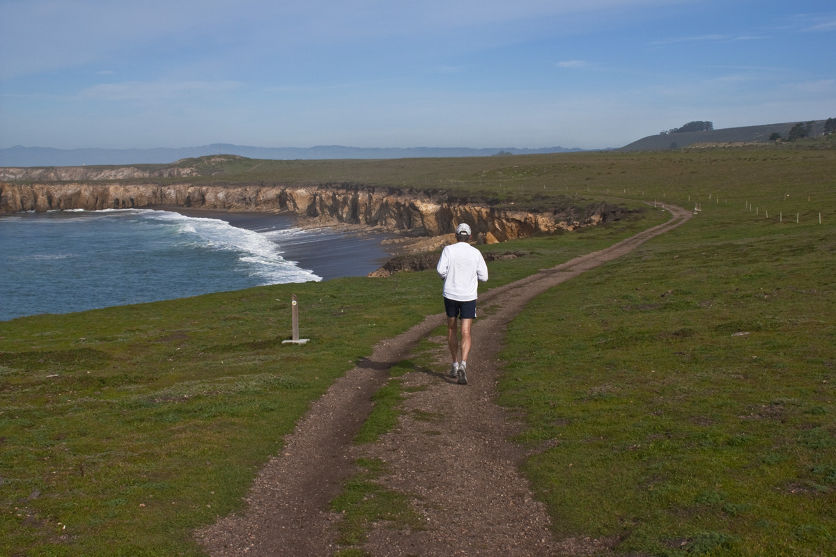 Running at Montana de Oro State Park
